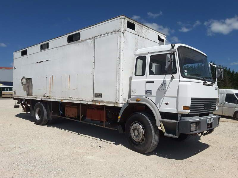 PORTEUR FOURGON IVECO 190.26 OCCASION